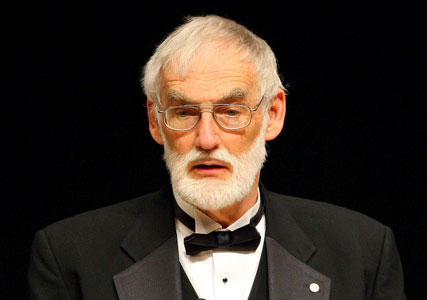 Giáo sư N.Meadows