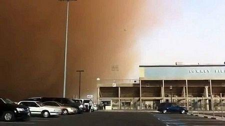Video: Bão cát ở Texas (1)