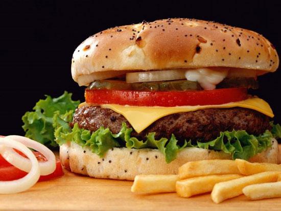 Đồ ăn nhanh có thể khiến đàn ông vô sinh?