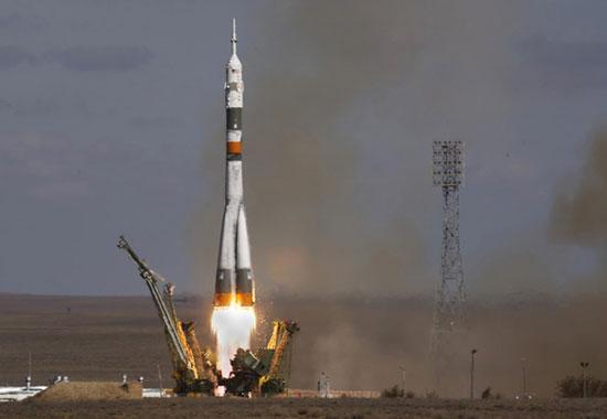 Cặp vệ tinh định vị của châu Âu cất cánh