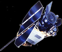 Vệ tinh ROSAT lao vào khí quyển trái đất