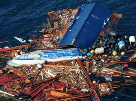 Hàng triệu tấn rác trôi từ Nhật sang Mỹ