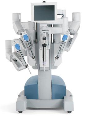 Sử dụng rô-bốt cấy ghép gan có độ chính xác cao hơn và để lại vết sẹo nhỏ (Ảnh: urology)
