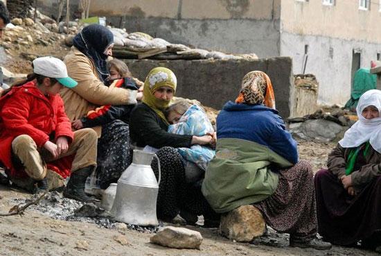 Gần 600 người chết vì động đất tại Thổ Nhĩ Kỳ