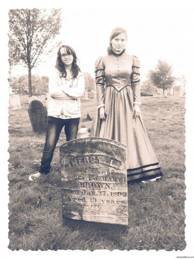 Ngôi mộ nổi tiếng của người bị cho là ma cà rồng cuối cùng của New England