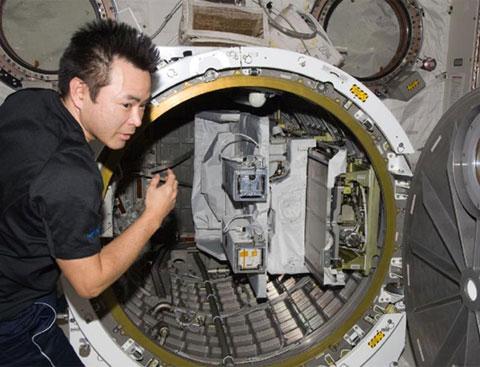 Vệ tinh Việt Nam rời trạm vũ trụ vào đêm mai