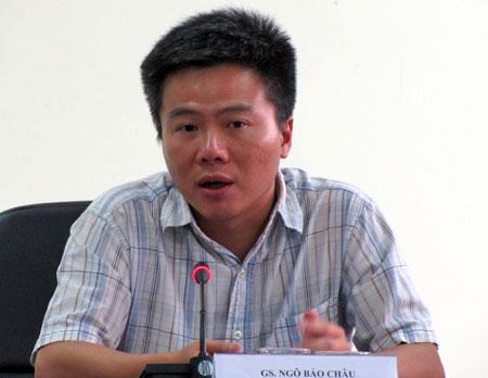 Giáo sư Ngô Bảo Châu trong một lần làm việc tại Việt Nam.