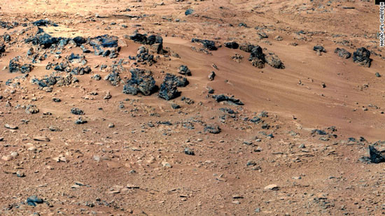 Curiosity sẽ lấy cát ở khu vực trong ảnh để phân tích.