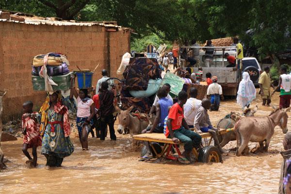 Mưa lớn kéo dài gây lũ lụt nghiêm trọng tại Nigeria