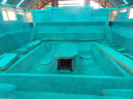 Giải mã mộ cổ khổng lồ bằng đá 2000 năm tuổi