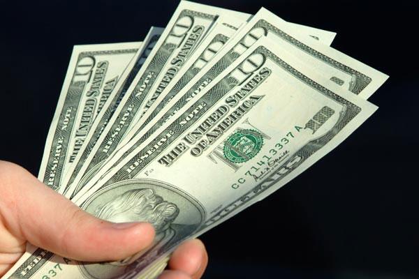 Vật dụng bẩn nhất là tiền