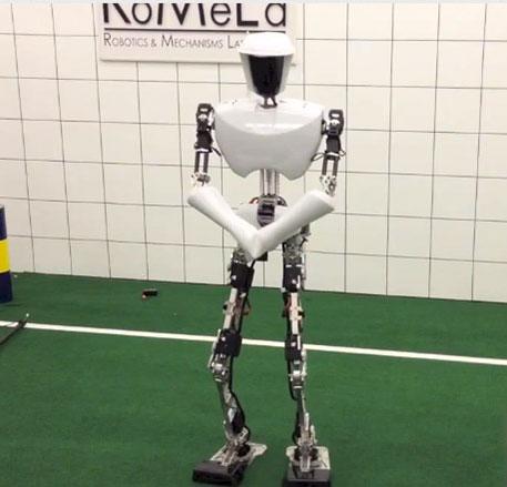 Video: Robot nhảy Gangnam Style