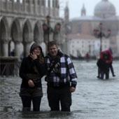 Dùng vệ tinh theo dõi độ lún của Venice