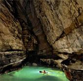 Phát hiện một kỳ quan hang động tuyệt đẹp