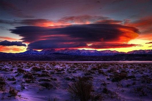 Sự xuất hiện của những đám mây này là dấu hiệu báo trước về sự thay đổi trong thời tiết như gió bão, lụt lội
