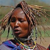 """Phong tục cưới hỏi """"quái đản"""" của các bộ tộc châu Phi"""