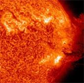 Hệ thống liên lạc bị bão Mặt Trời tấn công như thế nào?