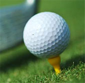 Video: Trái bóng golf biến dạng khó tin