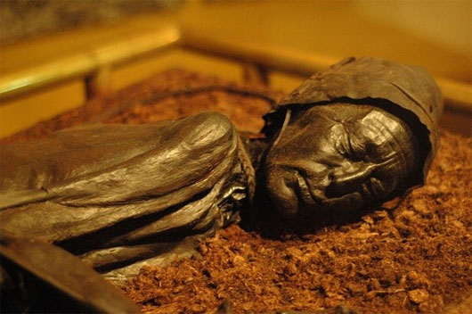 Bí ẩn hiện tượng xác chết không phân hủy