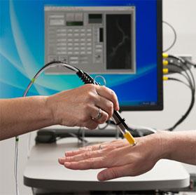 Kính hiển vi mini tầm soát hiệu quả tế bào ung thư trong máu
