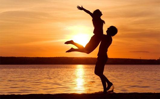 """Lý giải khoa học về sự """"mù quáng"""" khi yêu"""