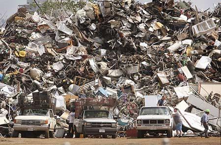 Giật mình rác công nghệ