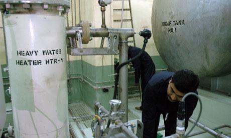 Lò phản ứng hạt nhân đầu tiên dùng nhiên liệu mới