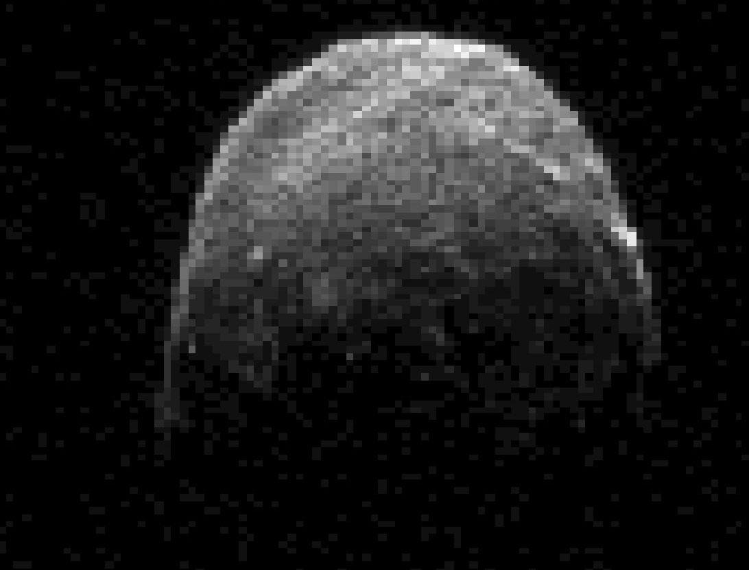 """Tiểu hành tinh đã """"xẹt"""" qua Trái đất"""