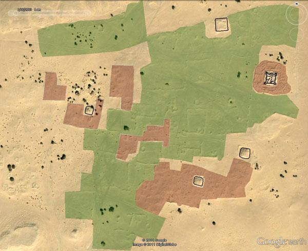Ảnh chụp từ vệ tinh. Màu đen biểu thị khu vực công sự, đỏ là nhà ở và xanh là ốc đảo (Ảnh: Sciencedaily)