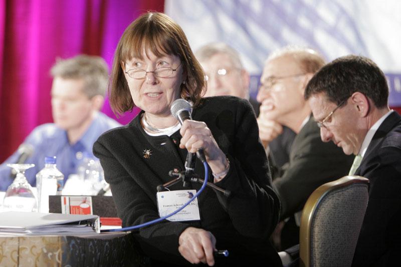 UNESCO tôn vinh năm nhà khoa học nữ xuất sắc