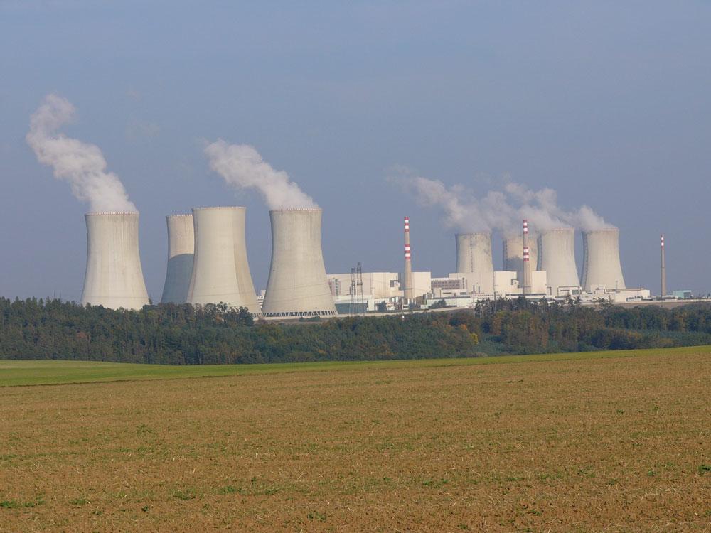 Thế giới chưa thể bỏ năng lượng hạt nhân