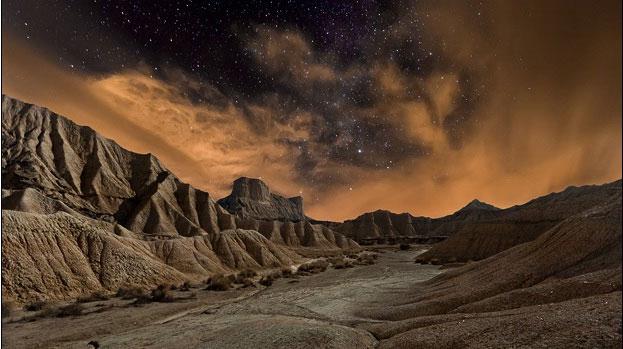 Bầu trời đầy sao kỳ lạ ở vùng núi Navarre