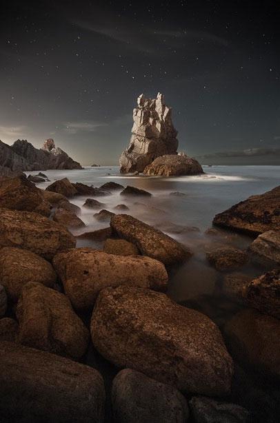 Khung cảnh kỳ ảo của bờ biển Cantabria, Tây Ban Nha