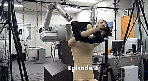Video: Robot giúp mặc áo