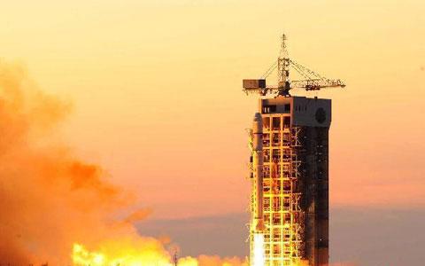 Trung Quốc phóng hai vệ tinh vào không gian
