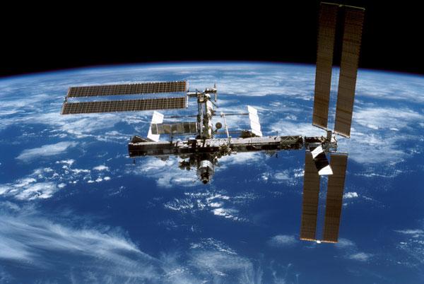 Phi hành gia trên ISS bị một phen lo sợ