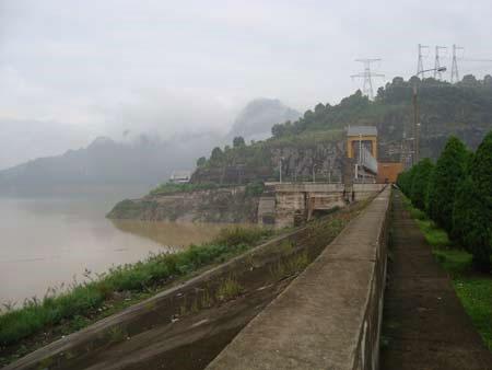 Thủy điện kích thích động đất nhân tạo