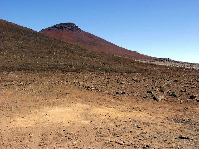 Kết quả phân tích của Curiosity cho thấy đất trên sao Hỏa là loại đất bazan do núi lửa tạo ra.