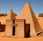 Những kim tự tháp độc đáo không nằm ở Ai Cập