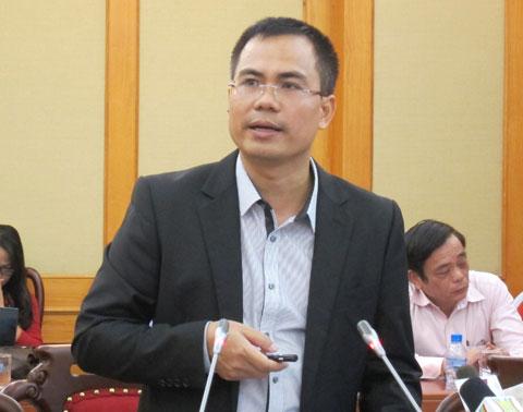 Ông Nguyễn Văn Phương, Cục Đăng kiểm Việt Nam cho rằng, ý thức người sử dụng trong việc bảo dưỡng xe, kiểm tra xe chưa thường xuyên là một trong những nguyên nhân cháy nổ phương tiện trong thời gian qua.