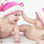 Trẻ song sinh vẫn khác biệt về gene