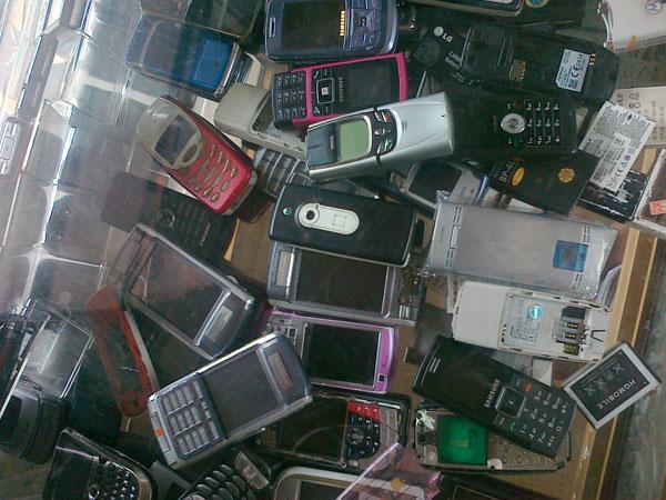 Điện thoại có dùng vật liệu Niken có thể gây bệnh ngoài da cho chủ sở hữu