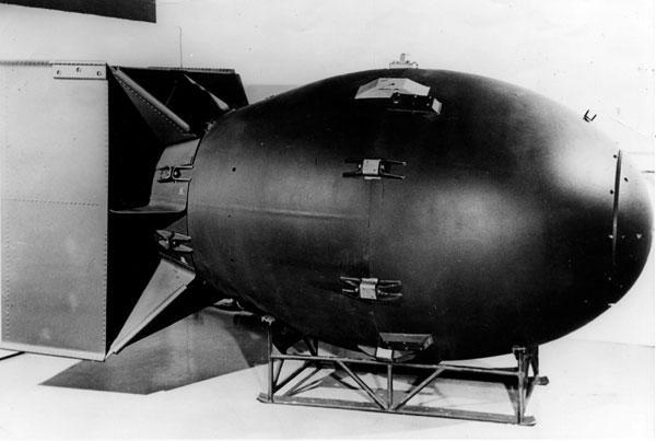 Quả bom nguyên tử Fat Man của Mỹ.