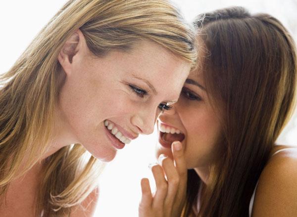 Bạn bè có thể giúp nhau vượt qua khó khăn