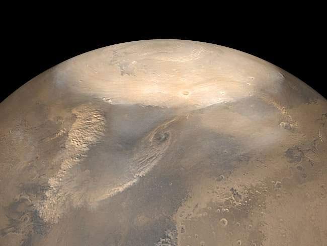 Một cơn bão bụi khổng lồ đang tạo ra nhiều thay đổi đối với khí quyển sao Hỏa.