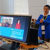 Video: Hệ thống dịch ngôn ngữ ký hiệu
