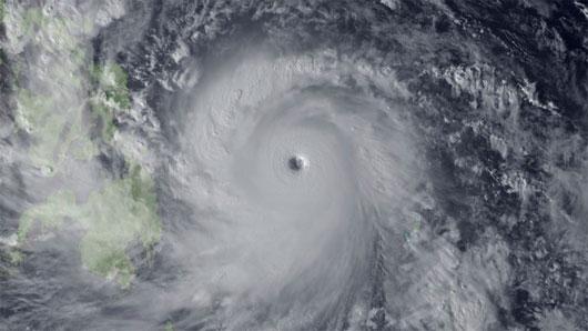 Tại sao bão Haiyan lại quá mạnh?
