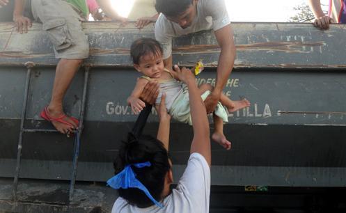 Tang thương bao trùm Tacloban