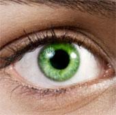 Video: Xem thủ thuật thẩm mỹ đổi màu mắt vĩnh viễn