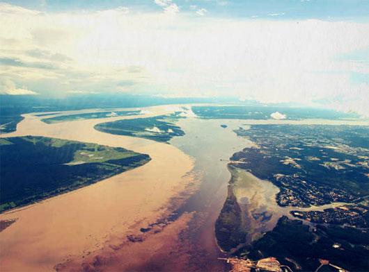 Sông Rio Negro và Rio Solimoes, Manaus, Brazil